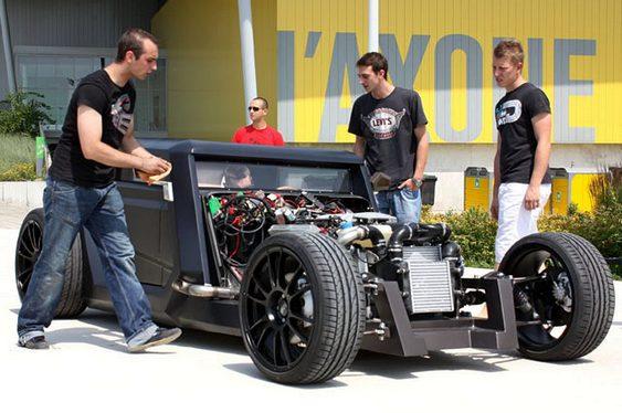 Equipe de designers automotivos