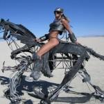 Mula-robô carrega no lombo equipamento militar para soldados