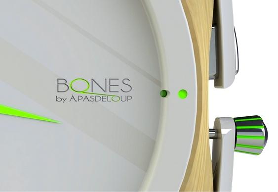 Relógio com LED verde fosforescente