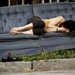 Jovens vivendo na rua acentuam fracasso do sonho americano