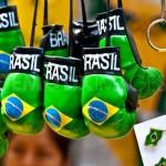 Turistas brasileiros arrebentam a boca do balão em Nova York