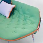 Design: um sofá-cama forrado como um saco de dormir