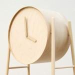 Formas modernas para o velho relógio de sala em coluna