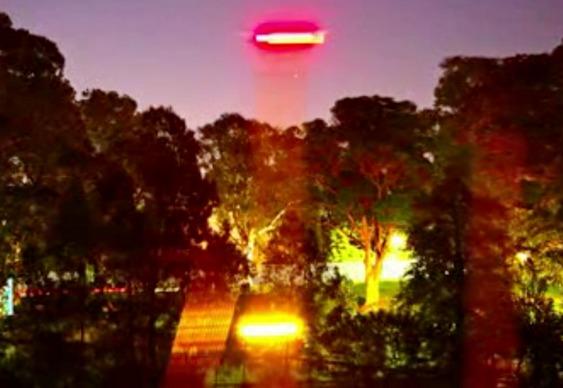 Russel Crowe Disco Voador