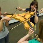 Triolino e Pikasso: violino e violão pra lá de muito estranhos