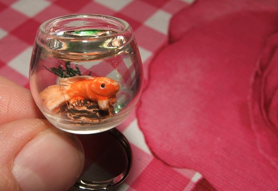 Anel com aquário