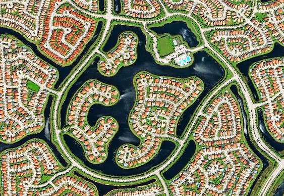 Cidade vista do espaço
