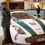 Polícia de Dubai faz marketing com superesportivos de luxo