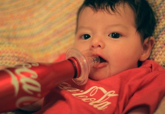 Coca-Cola na mamadeira