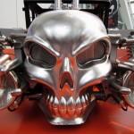 Boneshaker da Hot Wheels agita esqueleto em tamanho natural