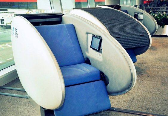 Cápsulas para dormir em aeroportos
