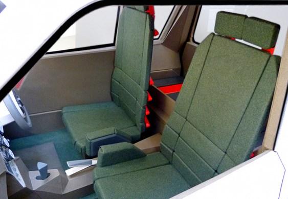 Mini automóvel ecológico