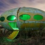 Projeto Futuro: casa de fibra com forma oval de disco voador