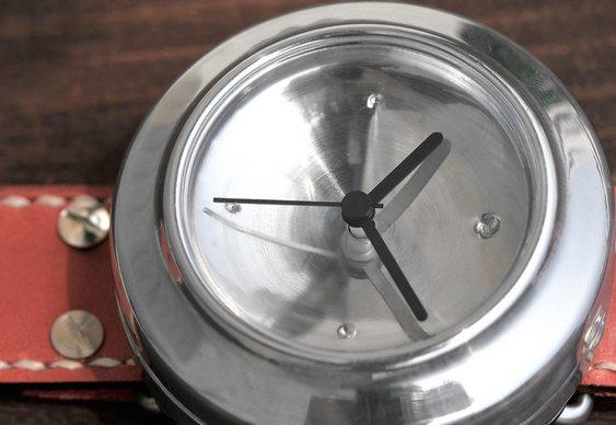 Relógio Lata Reciclada