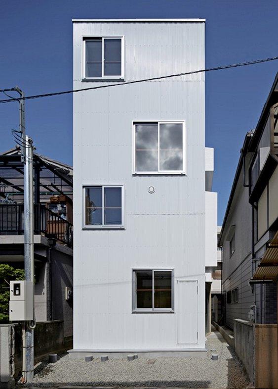 Casa em terreno apertado