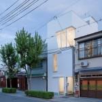 Projeto de casa com três andares em terreno estreito e apertado