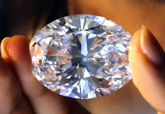 Diamante tamanho ovo