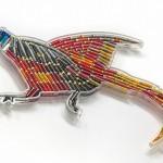Esculturas de pássaros feitas com munição deflagrada nas caçadas