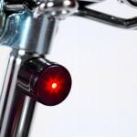 Par compacto com farol e lanterna magnética de LED para bicicletas