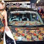 Estampas e cristais nos carros para combinar com o seu 'look'