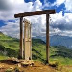 No meio do caminho havia um portal… numa montanha dos Alpes
