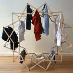 Varal secador de roupas dobrável e portátil de madeira e alumínio