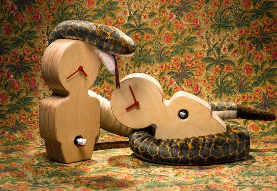 Relógios cuco de madeira