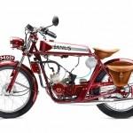 A motocicleta artesanal Janus 50 cilindradas em estilo vintage
