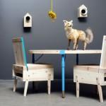 Mesas e cadeiras descoladas com sucata de madeira reciclada