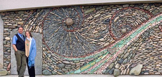 Arte decorativa com pedras redondas