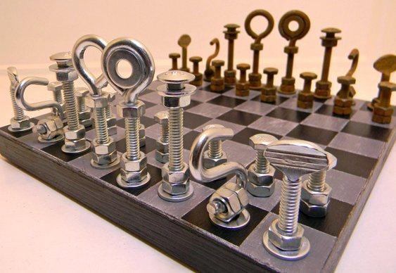 Jogo de xadrez com parafusos
