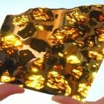Joias entre 25 milhões de meteoritos que caem na Terra todo dia