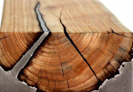 Mesas de madeira com alumínio
