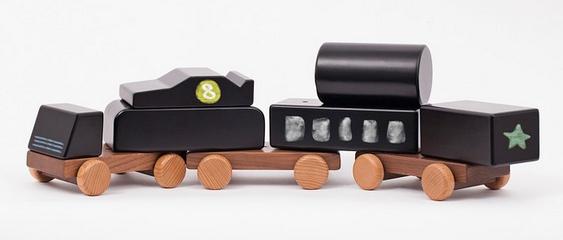 Brinquedos infantis de madeira