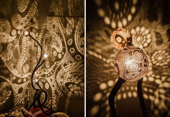 Luminárias com coco furado