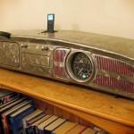 Painel de fusca adaptado como caixa acústica de telefone celular