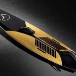 Prancha de cortiça da Mercedes-Benz para surfar ondas gigantes