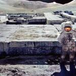 Astronautas foram à Lua para investigar construções em ruínas