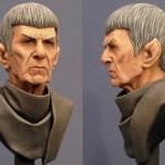 Busto perfeito em miniatura do velho e eterno Senhor Spock