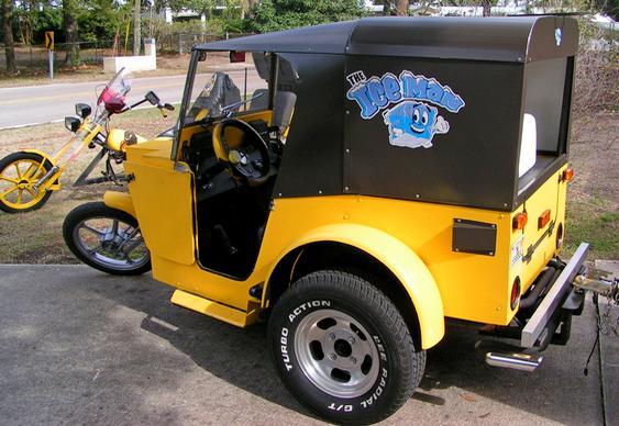 Triciclo com capota
