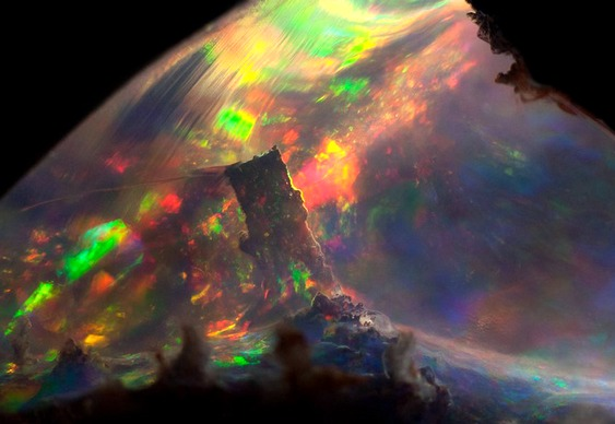 Iridescência da opala