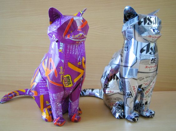Esculturas de alumínio reciclado