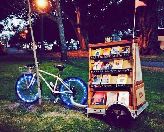 Livros na praça