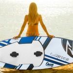 Prancha com motor para surfar águas calmas de rios e lagos