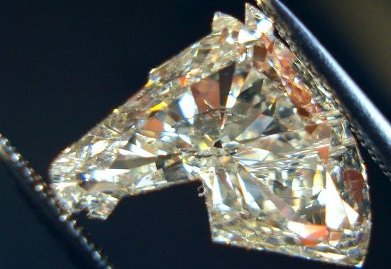 Lapidação de diamante cavalo