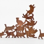 CAT JENGA – o jogo de equilibrar um gato em cima do outro