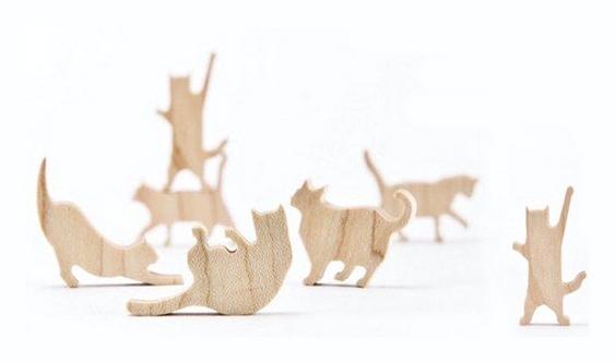 Gatinhos de madeira