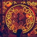 Enigma: tudo se mexe no único bar steampunk-cinético do mundo
