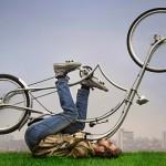 Bicicletas a pedal e elétrica no melhor estilo moto chopper