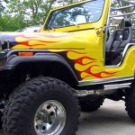 Labaredas para incendiar a pintura custom do Jeep Willys CJ5